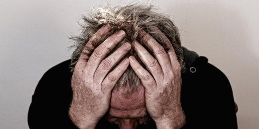 Alzheimer, familiari dramma solitudine